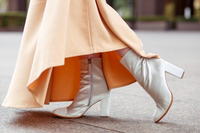 Uniqlo, Muslim Fashion Designer, Hana Tajima, Flare Sleeve, Maxi Dress, Caftan, Fashion Blogger, Style Blogger, KatWalkSF, Kathleen Ensign, Kaftan, San Francisco, SF Style, Fashionista, Stylist, ASOS, Karen Walker, AsSeenOnMe, Matisse, Matisse Footwear