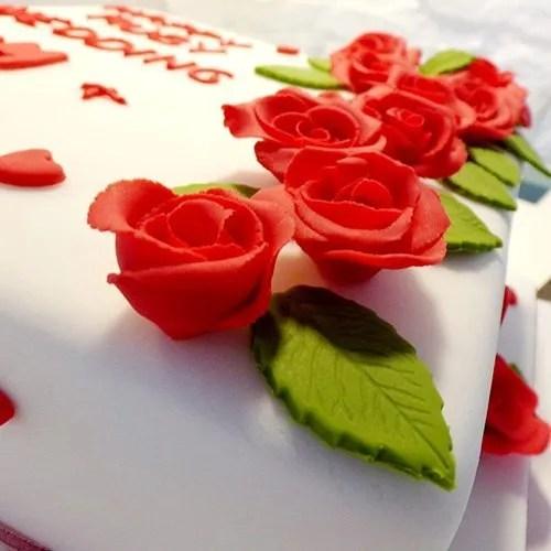 celebration-cakes-9