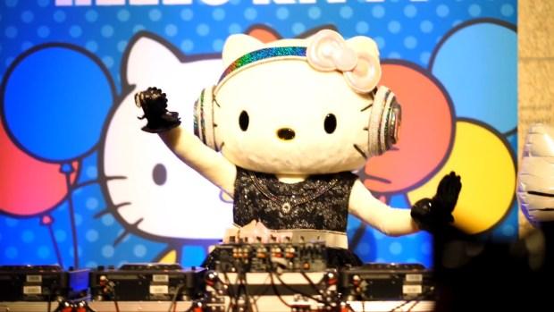 Hello Kitty s Birthday Party! [2016.11.01].00_01_44_22.Still020