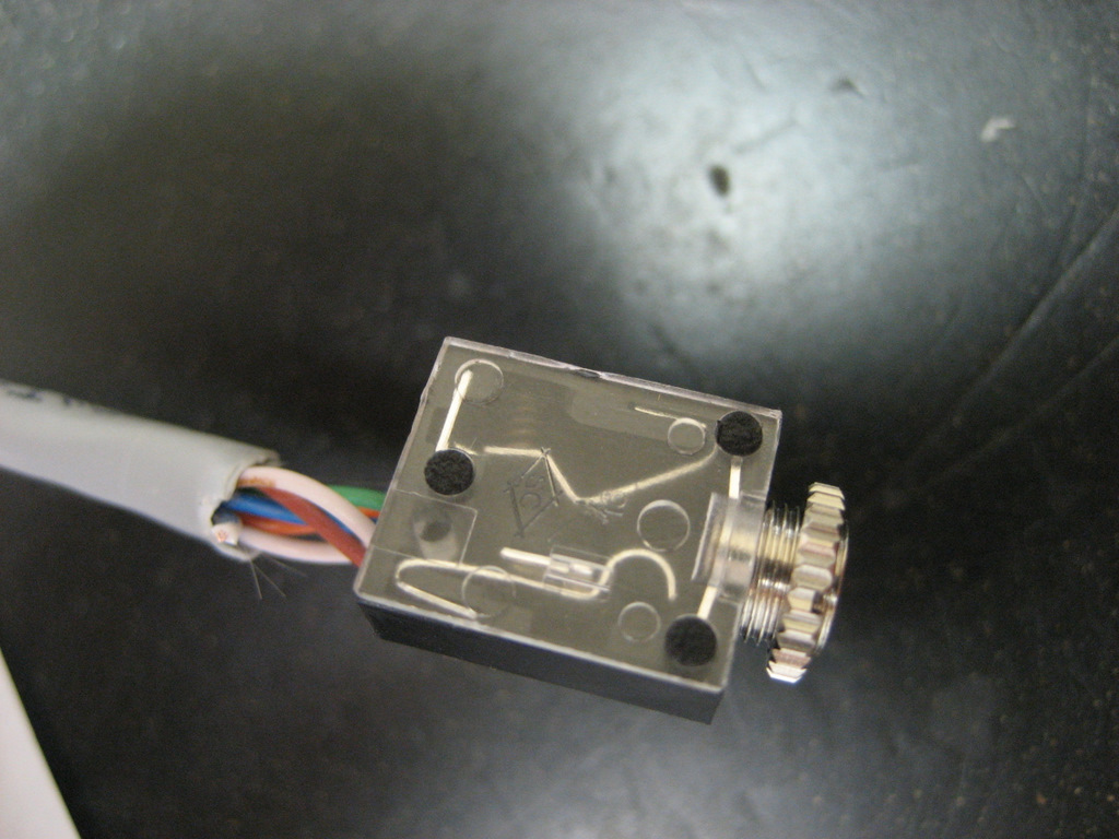 hight resolution of ipod earbud wiring