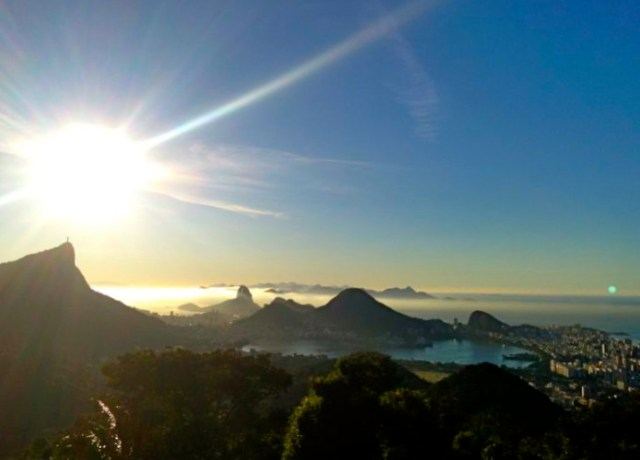 Beautiful sunrise in Vista Chinesa!