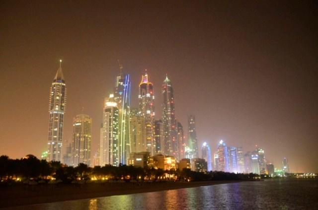 Dubai vista à noite