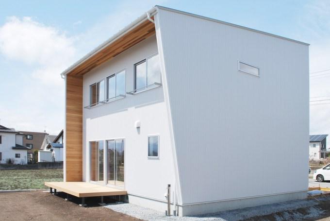 畳リビングのデザイン住宅-竣工