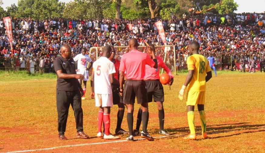 Tear Gas, Gun-shots mar Jinja SS' slim win over 10 man Standard High Zana #Uganda Second set of referees