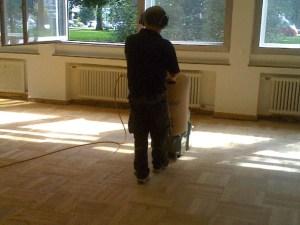 Bodenbelagsarbeiten werden abgeschlossen