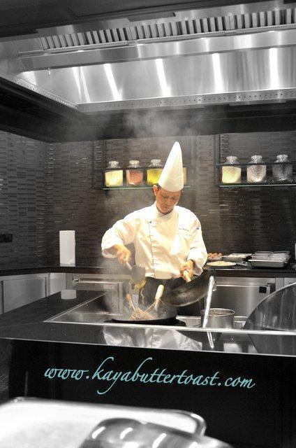 [NEW] Weekend Surf & Turf BBQ Buffer Dinner @ Nada Lama, Equatorial Hotel, Penang (18)