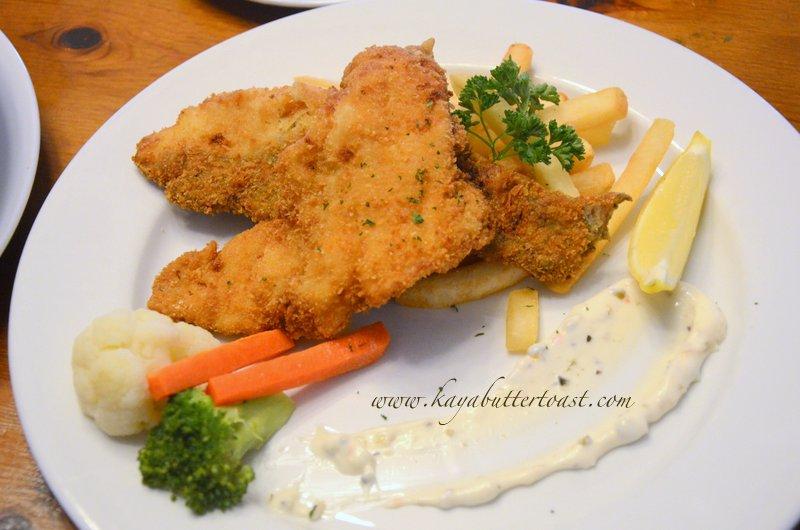 [Buy 1 Free 1 Set] David Brown Restaurant & Tea Terrace @ Penang Hill, Air Itam, Penang (20)