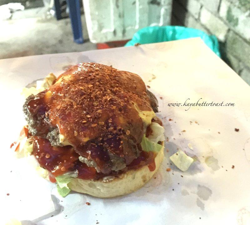 Clash of Clan Spoof Burger aka COC Burger @ Jalan Lembah Permai, Tanjung Bungah, Penang (15)