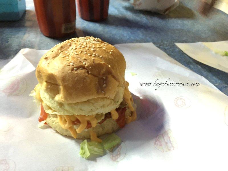 Clash of Clan Spoof Burger aka COC Burger @ Jalan Lembah Permai, Tanjung Bungah, Penang (16)