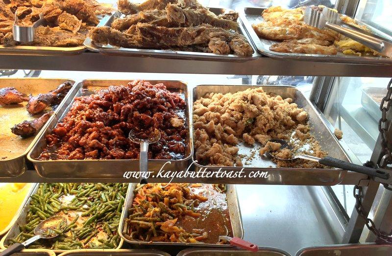 The Famous Kum Kee Special Economy Food @ Seng Huat Cafe, Perak Road, Penang (9)