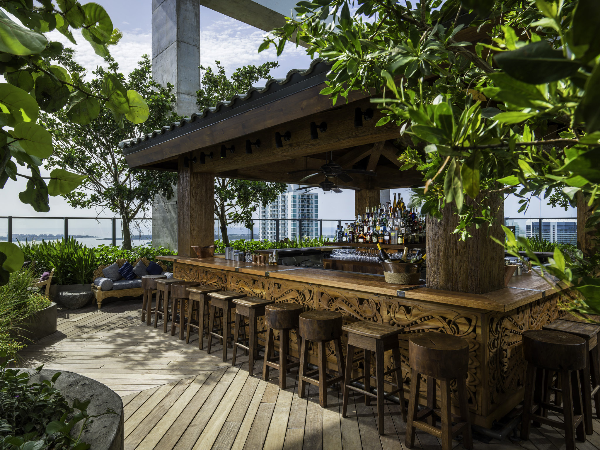 hotels in miami with kitchen indoor grill 10 east coast rooftop bars perfect for summer