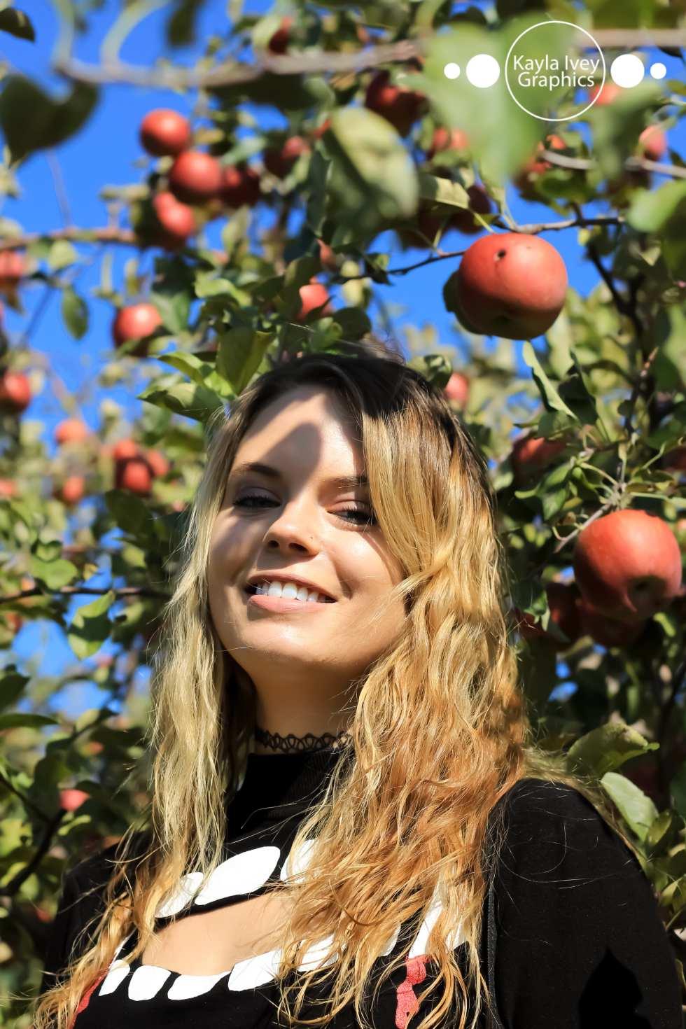 Melanie Fall Portrait Session