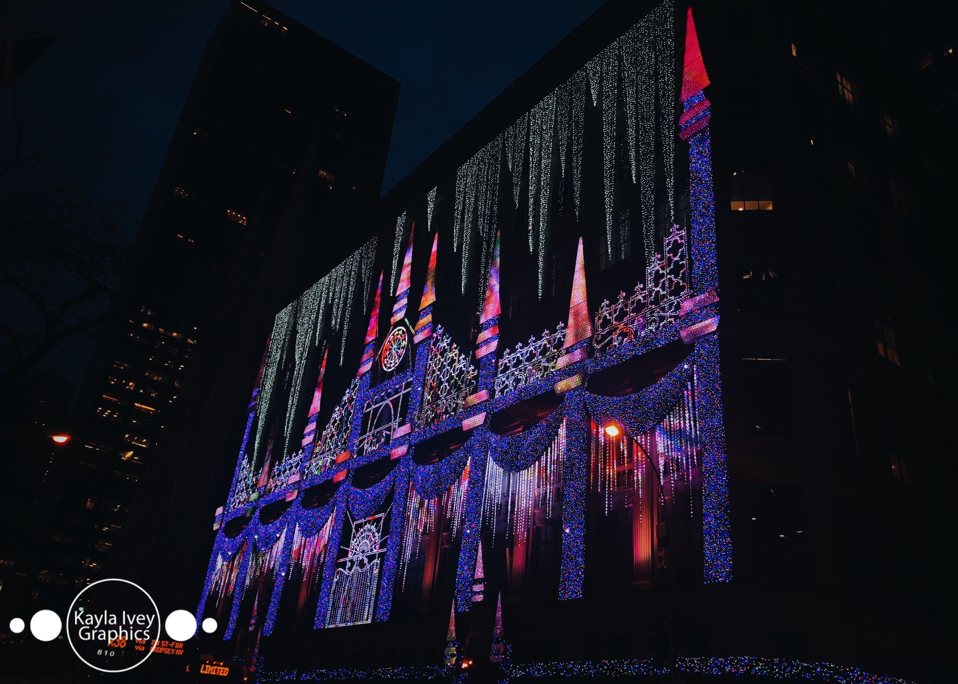 Saks Fifth Avenue Light Show ...