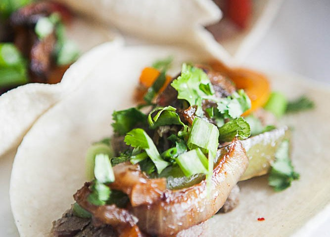 Marinated Carnitas Fajitas | Easy 30 Minute Dinner Recipes