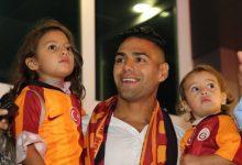 Photo of Hiljade navijača Galatasaraya dočekalo Falcaoa