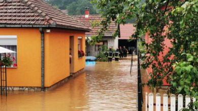Photo of Poplavljena brojna domaćinstva u Srbiji. Stotine građana evakuisano