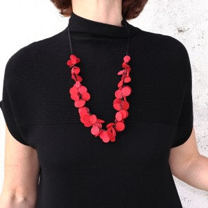 Collier Kazh by Annie B. collection Glycine en cuir de rouge framboise