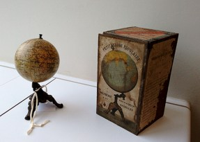 globe van het einde van de 19de eeuw