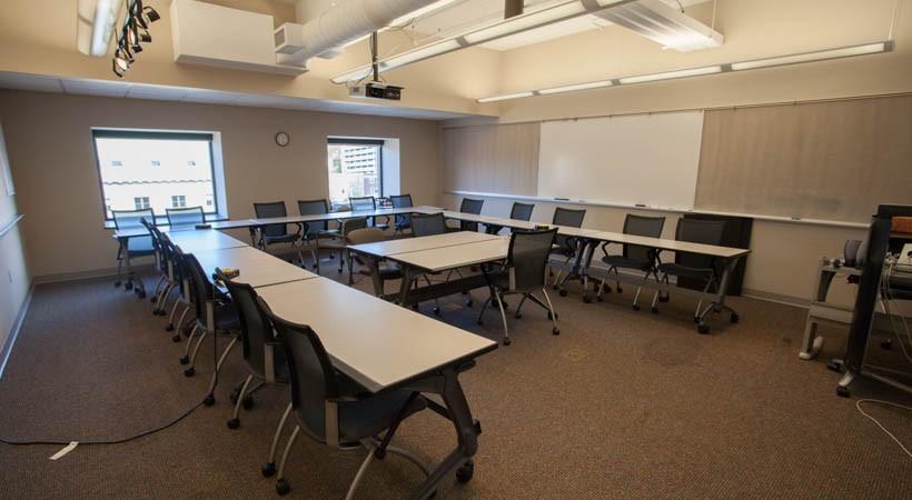 Interior Design Classroom 17F 528  Kendall College of Art
