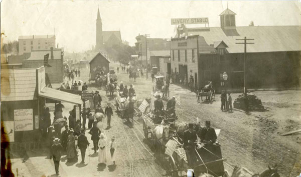 Circa 1890 view of Colorado Boulevard, then named Colorado Street, looking east to Marengo Avenue. Courtesy of the Pasadena Museum of History.