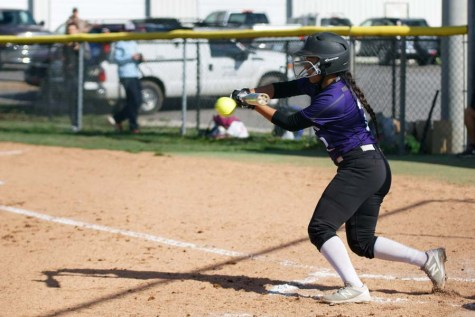 Lady Pirates begin softball season with wins
