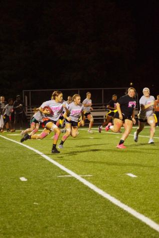 Senior-freshman team win annual Powderpuff