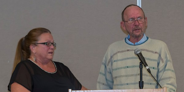 Ron and Monica Shaw accepting the 2017 Mmember of Excellence Award