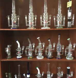 head-shop-smoke-shop-dab-rigs-Kansas-City