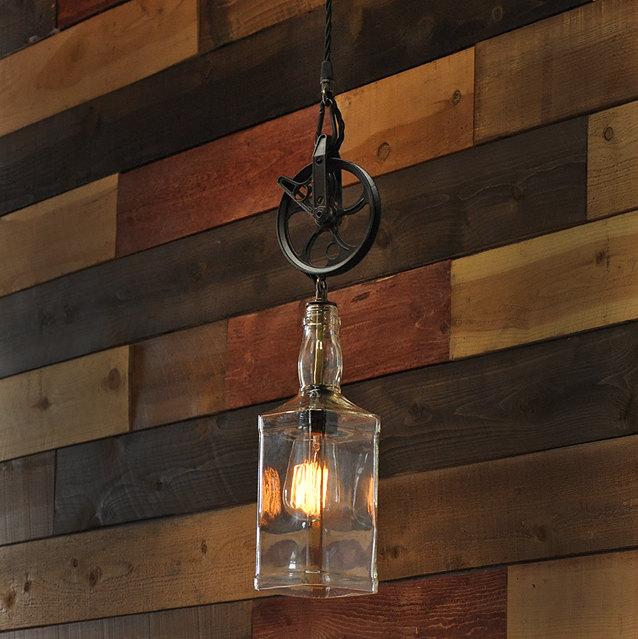 Lampadari appliques e lampade in stile industriale creati