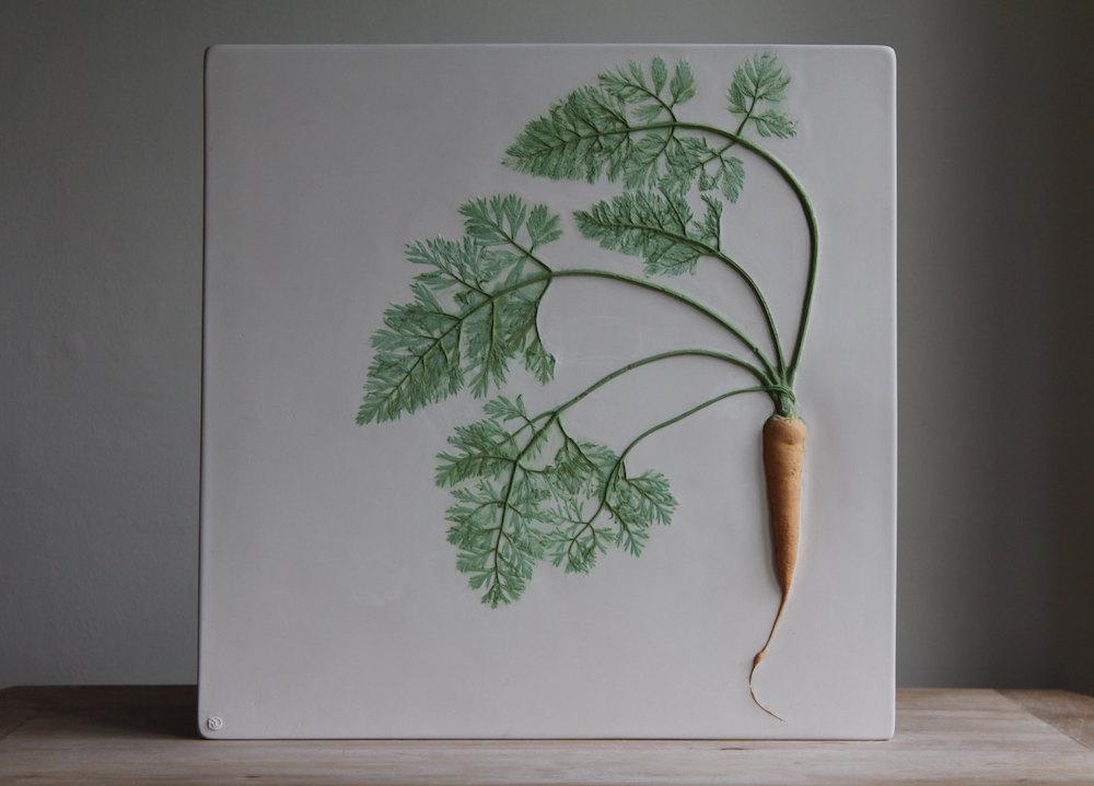 Nuove piastrelle in gesso che immortalano fiori e verdure di Rachel Dein  KEBLOG