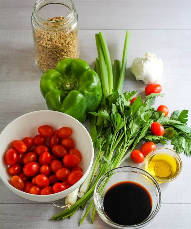mediterranean farro salad ingredients