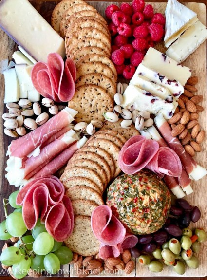How to create a holiday charcuterie board