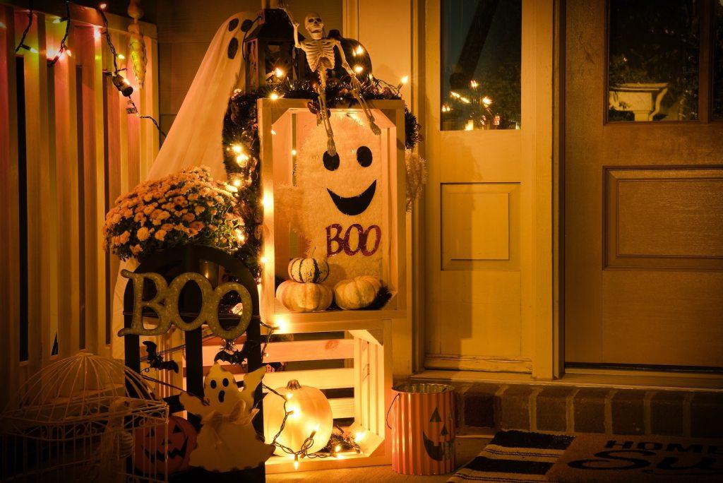 cheap halloween decorations, halloween decor, diy halloween decorations, halloween decoration ideas
