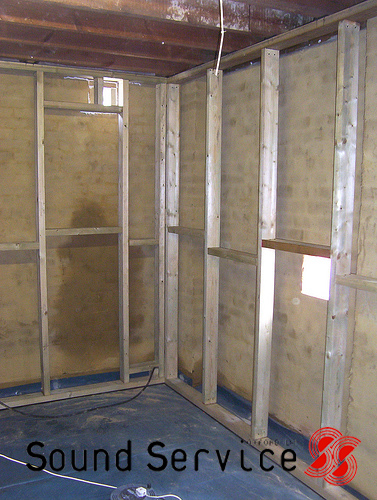DIY soundproofing of a garage or shed