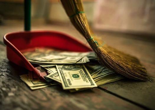 Что заставляет нас тратить деньги: 5 психологических и экономических теорий