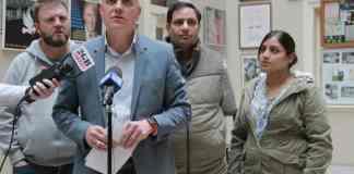Former Uber drivers file lawsuit against Uber for 'unfair' dismissal.