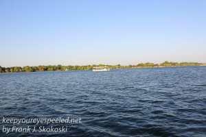 zimbabwe-victoria-falls-zambezi-river-13