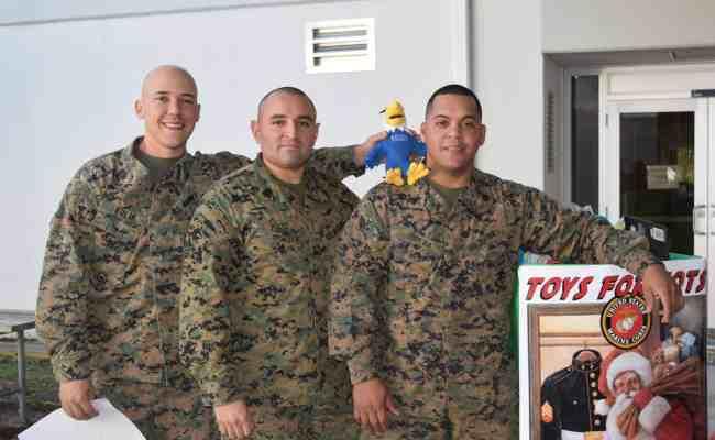 Ft Lauderdale Donates To Toys For Tots Keiser University