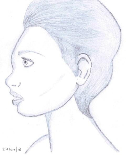 side_woman_29_04_15