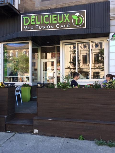 terrace restaurant Délicieux Veg Fusion Cafe