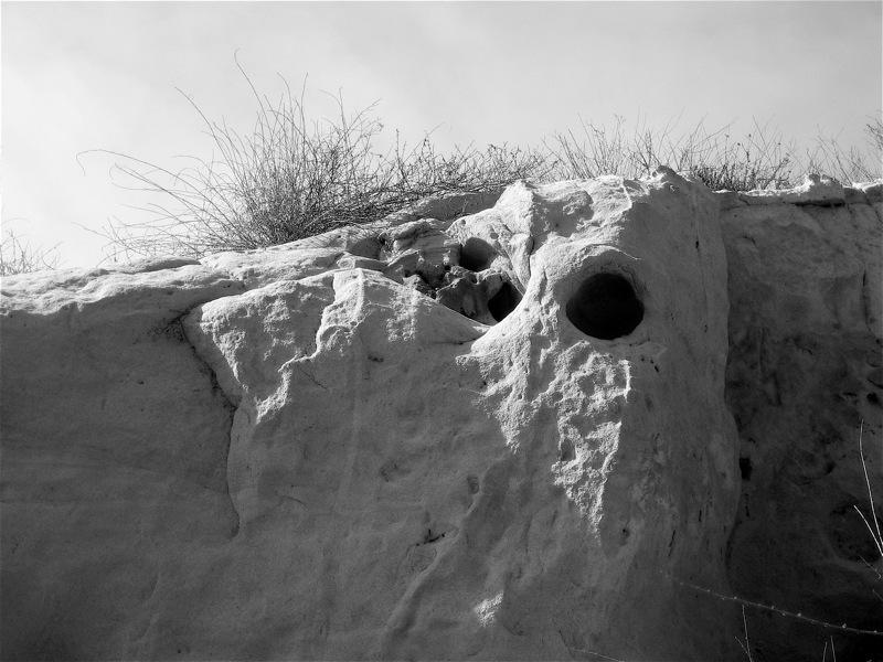 "<alt img=""Ocean Bluffs Torrey Pines""/>"