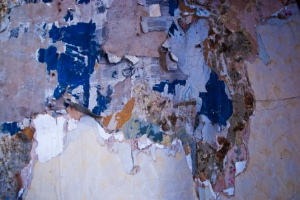 peeling wallpaper 1