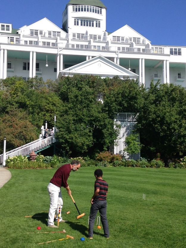 croquet-at-grand-hotel