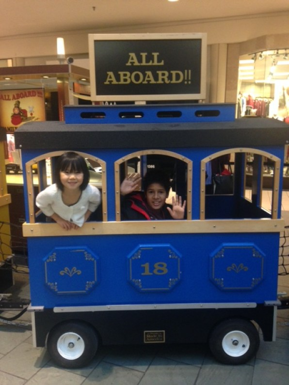 d-n-a-on-train-at-spring-hill-mall