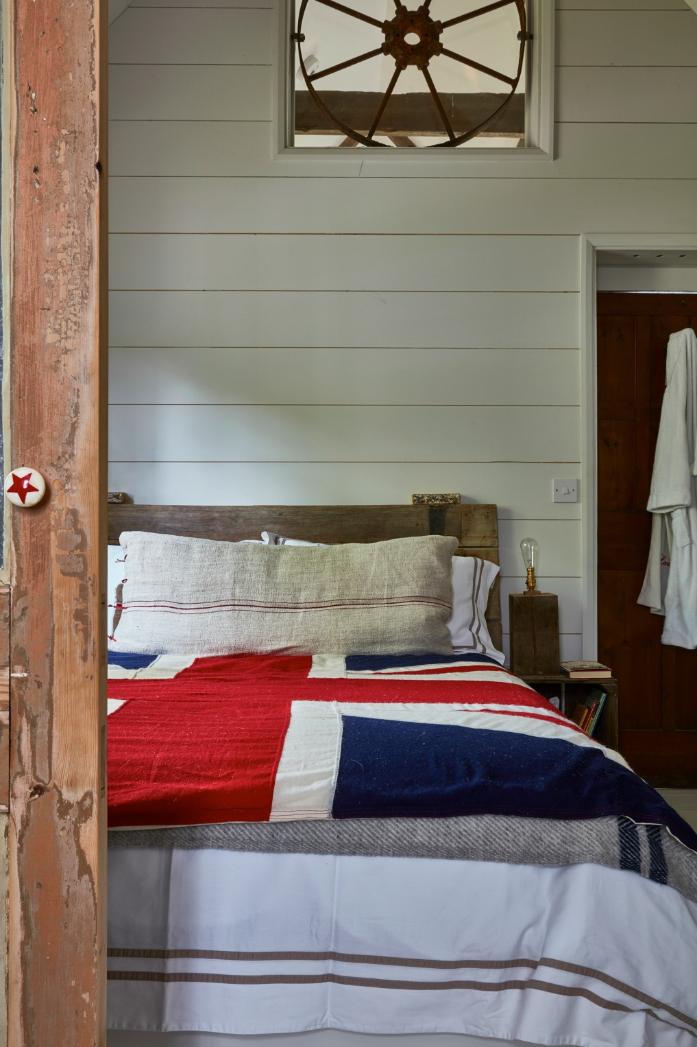 British Bedroom Decor from levitra 9us Vintage
