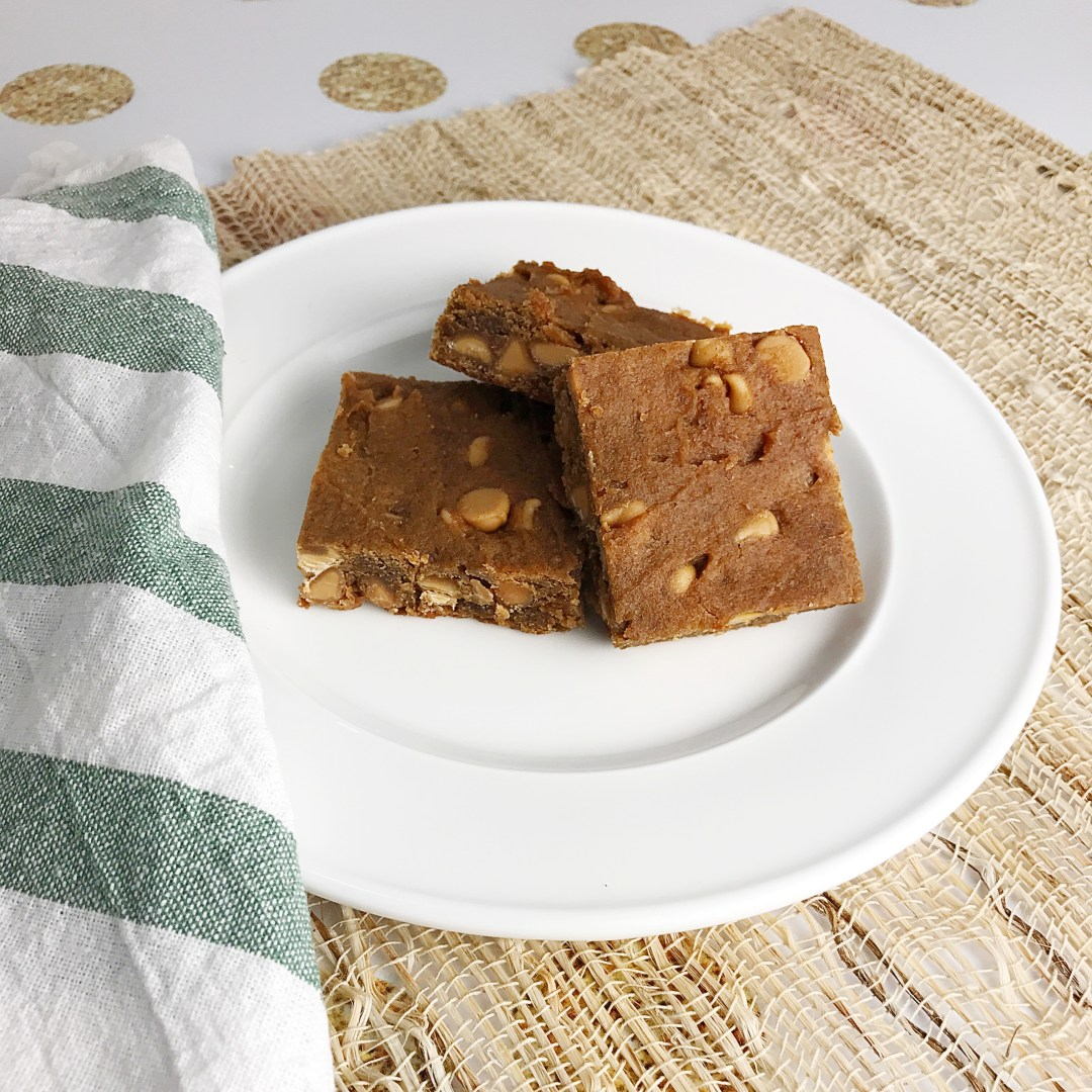 chickpea peanut butter blondies