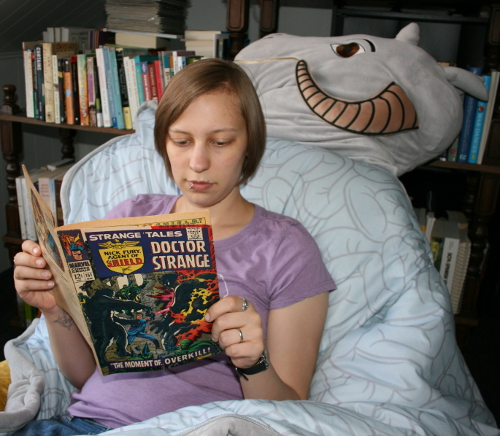 Kelly Lynn Thomas reading Strange Tales
