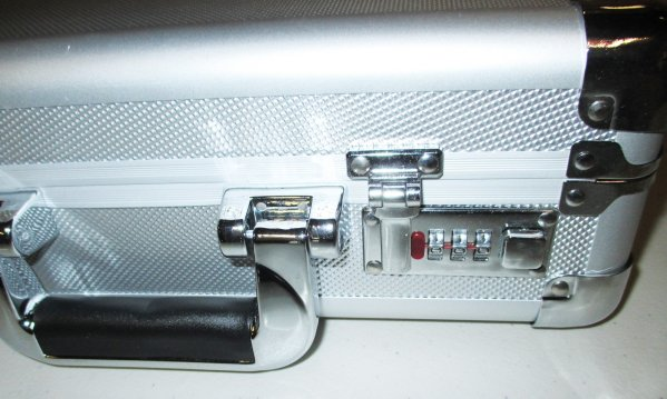 Locking Aluminum Pistol Case