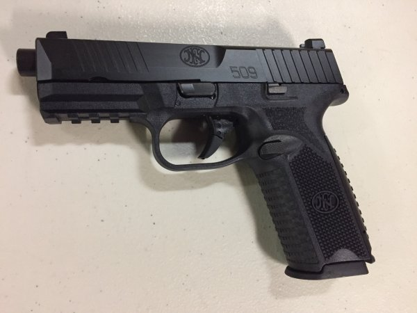 FN 509 - 9mm w/ Free Mags