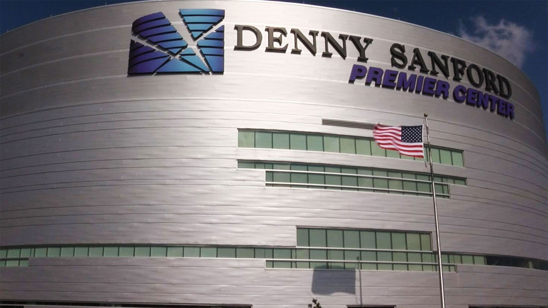 KELO Denny Sanford PREMIER Center